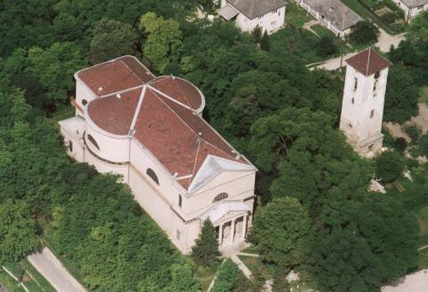 Váli római katolikus templom