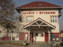 Kikötő Étterem
